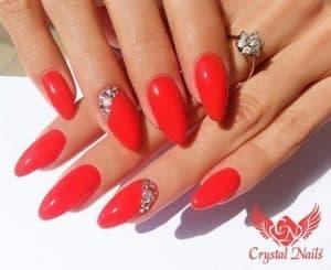 Nail art top per chi ama i colori caldi