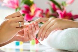Ricostruzione unghie gel step by step