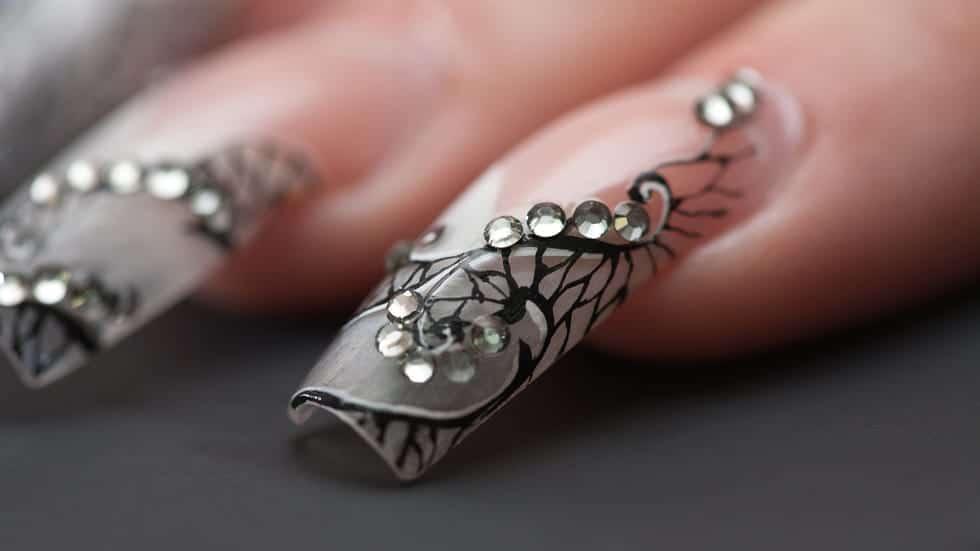 tipi di ricostruzione unghie