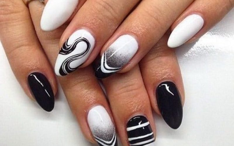 Mismatched nail trend