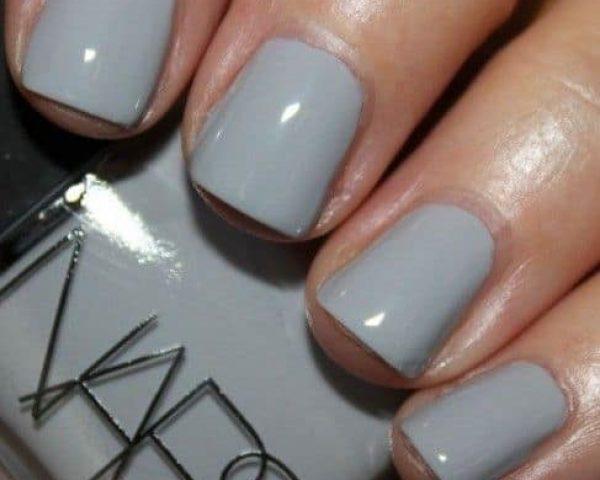 Smalto-grigio-chiaro